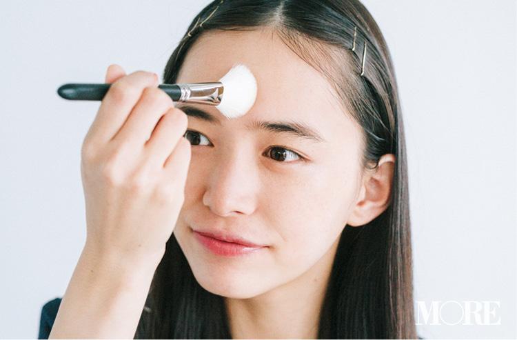 鼻や顔のテカり防止メイク特集 - 汗をかいても崩れにくいメイクテクは?_13