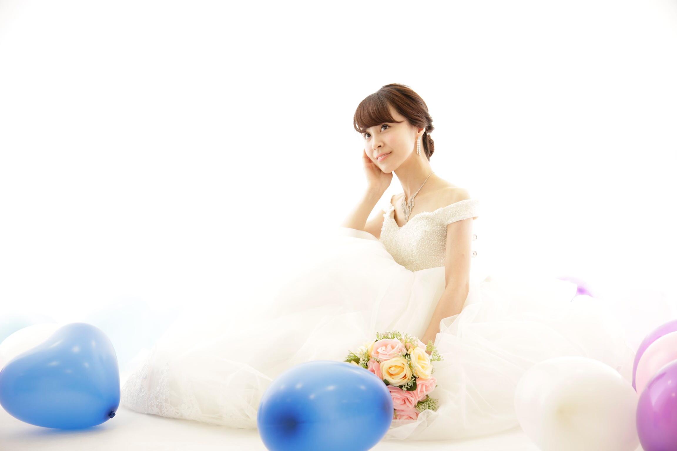 一生に一度のウェディングドレス♡前撮りや結婚式をされる方にオススメのドレス♡_1