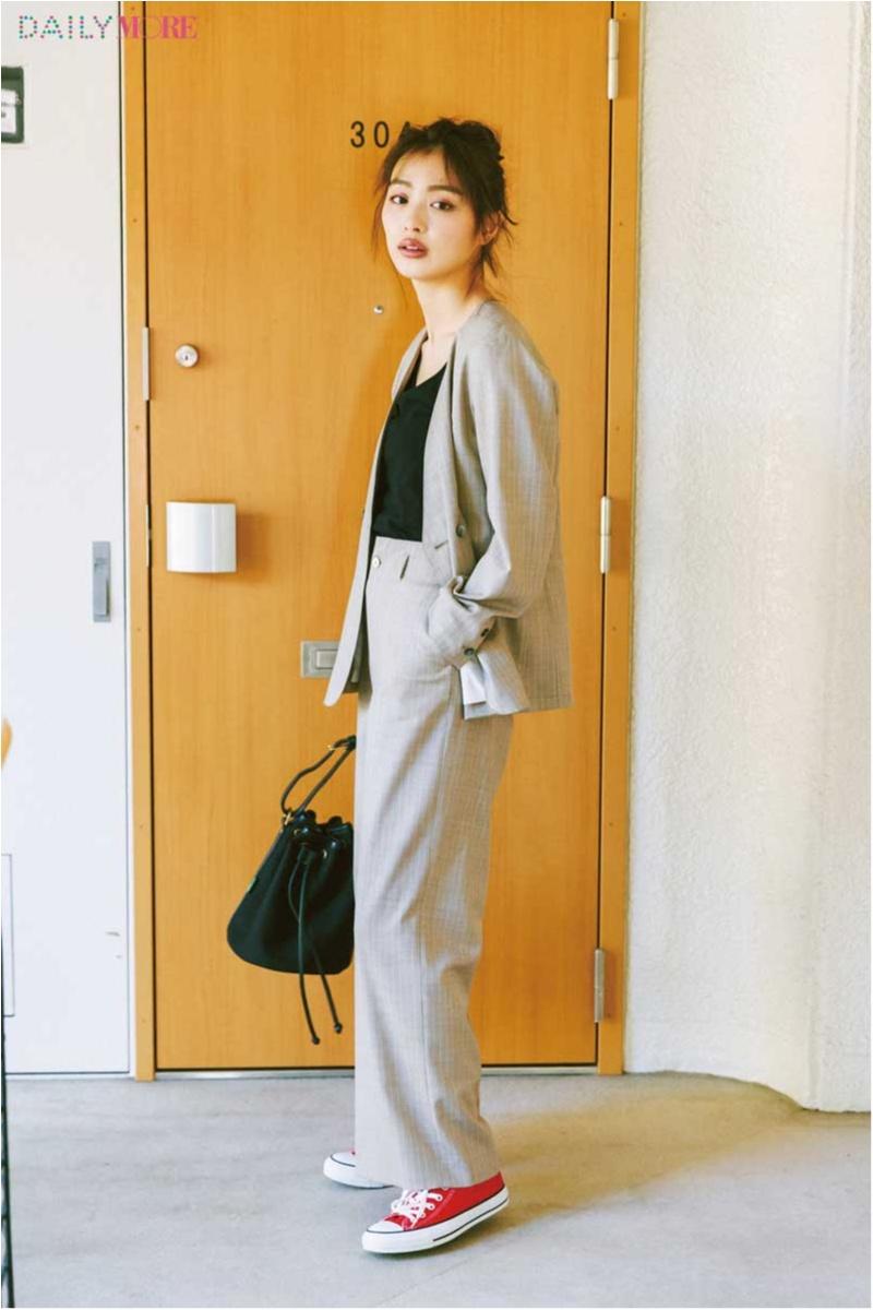 【今日のコーデ/内田理央】週末はクールなベージュで着こなしを一新したい! そんな気分に最適なジャケット×パンツ、見つけた♪_1
