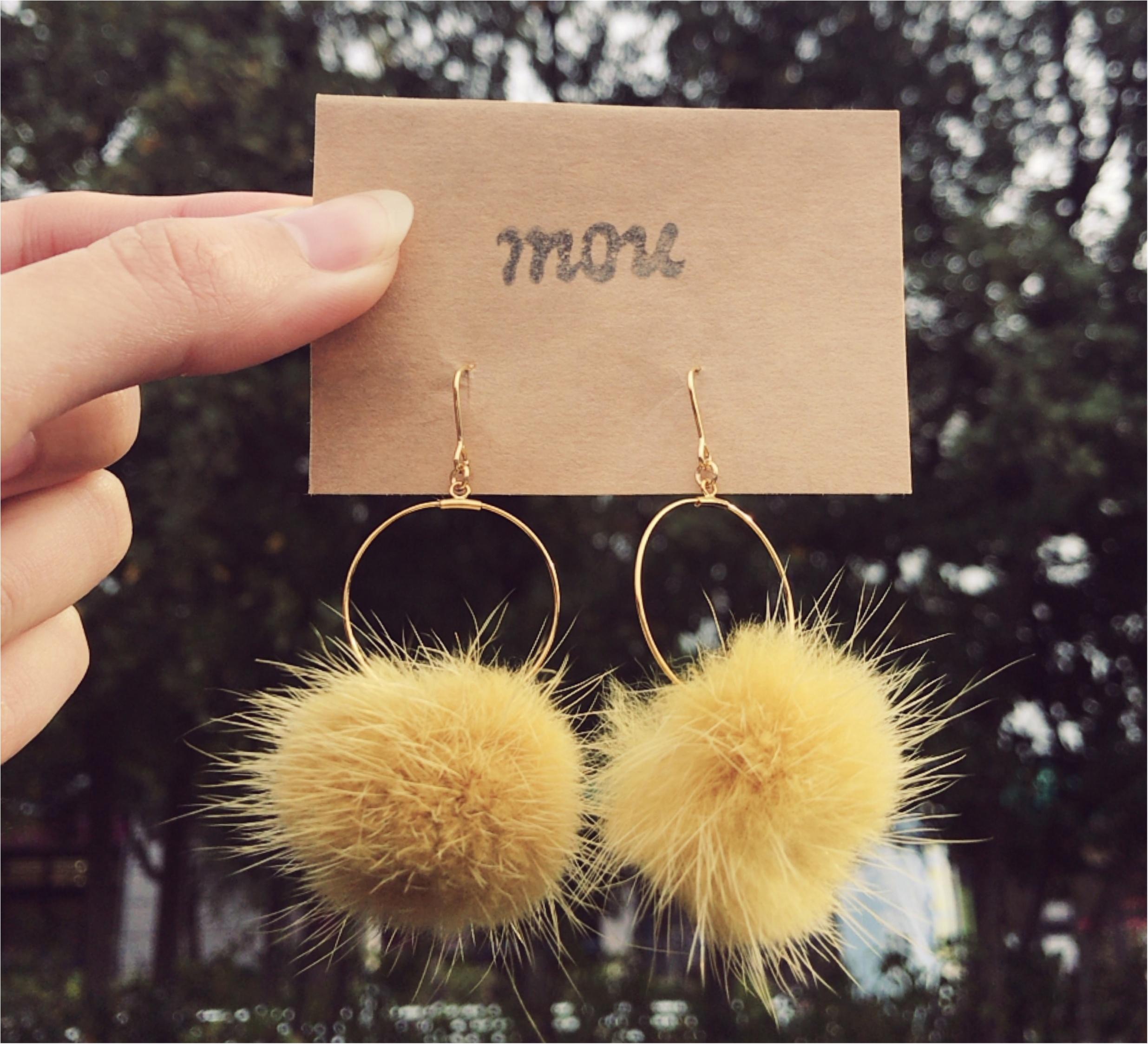 【accessory】寒くなってきたので耳元も衣替え♡ 冬は揺れるファーに視線を集めよー♡_1