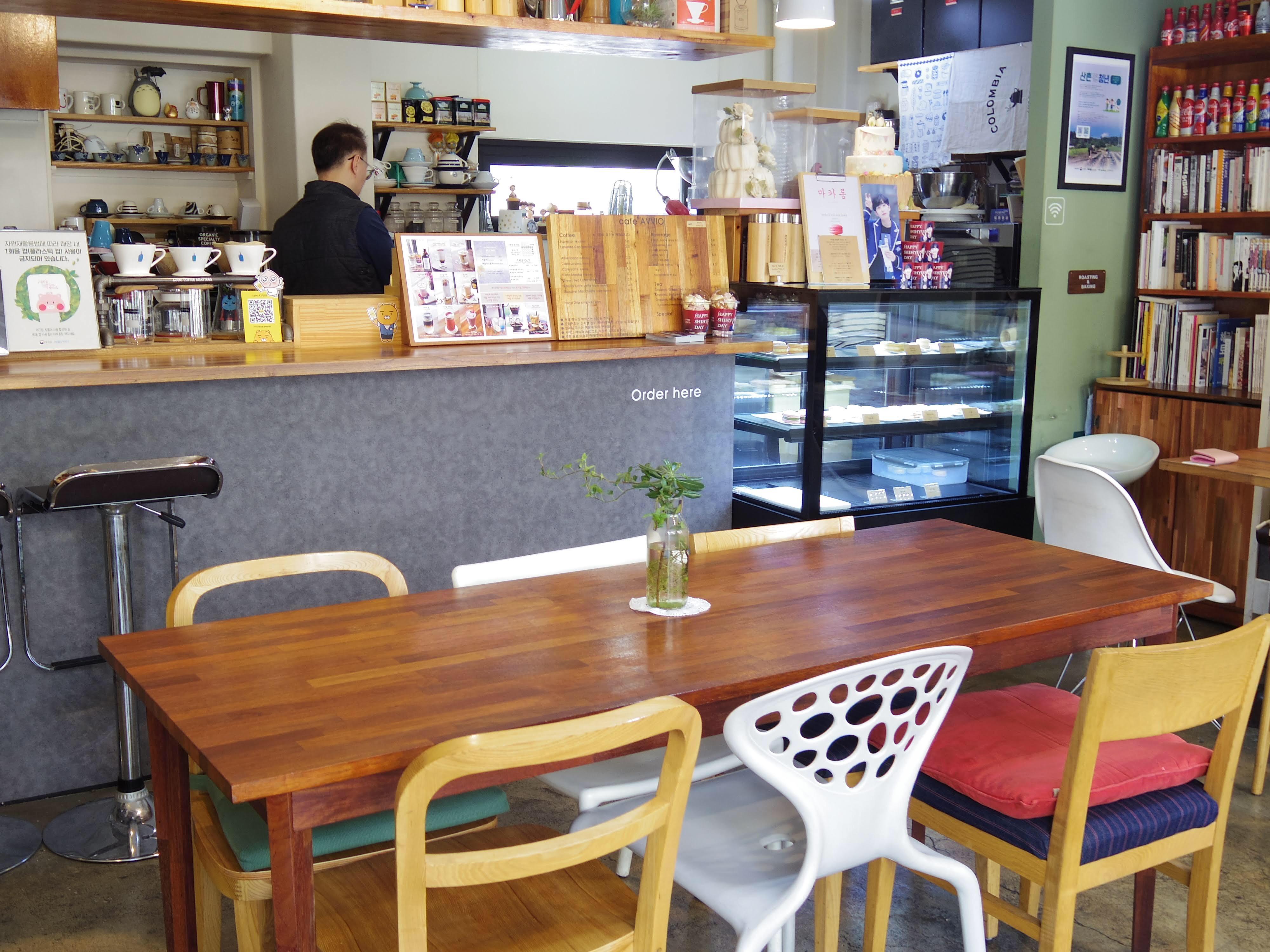 【韓国女子旅】スヌーピーのマカロンにメロメロ♡弘大(ホンデ)にあるおしゃれカフェ_7