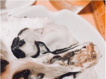 牡蠣、油そばが美味しい!ドリンクは【サッポロクラシック】がおススメですよ(^^)
