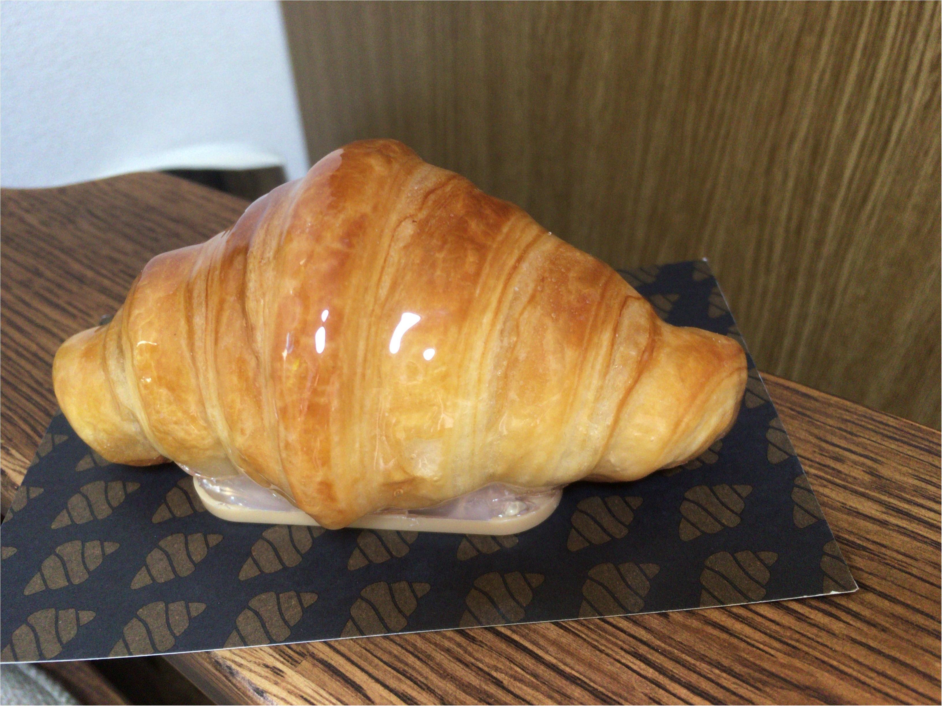 本物のパンでライト?クロワッサンが可愛い《パンプシェード》って何?なインテリア雑貨を見つけました!_3