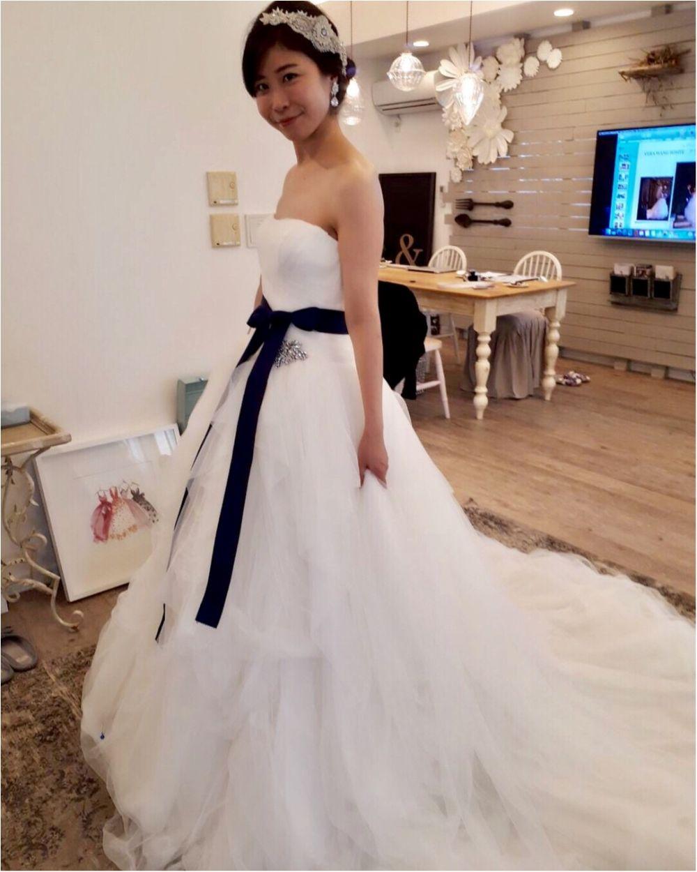 卒花さんに聞く【ドレス特集】-  結婚式・二次会におすすめ! プレ花嫁さんに人気のおしゃれなウェディングドレスは?_25