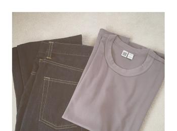 《まだまだ使える!》【Uniqlo U】の大人気¥1,000Tシャツ、いま買い足すなら秋カラーがおすすめ❤️