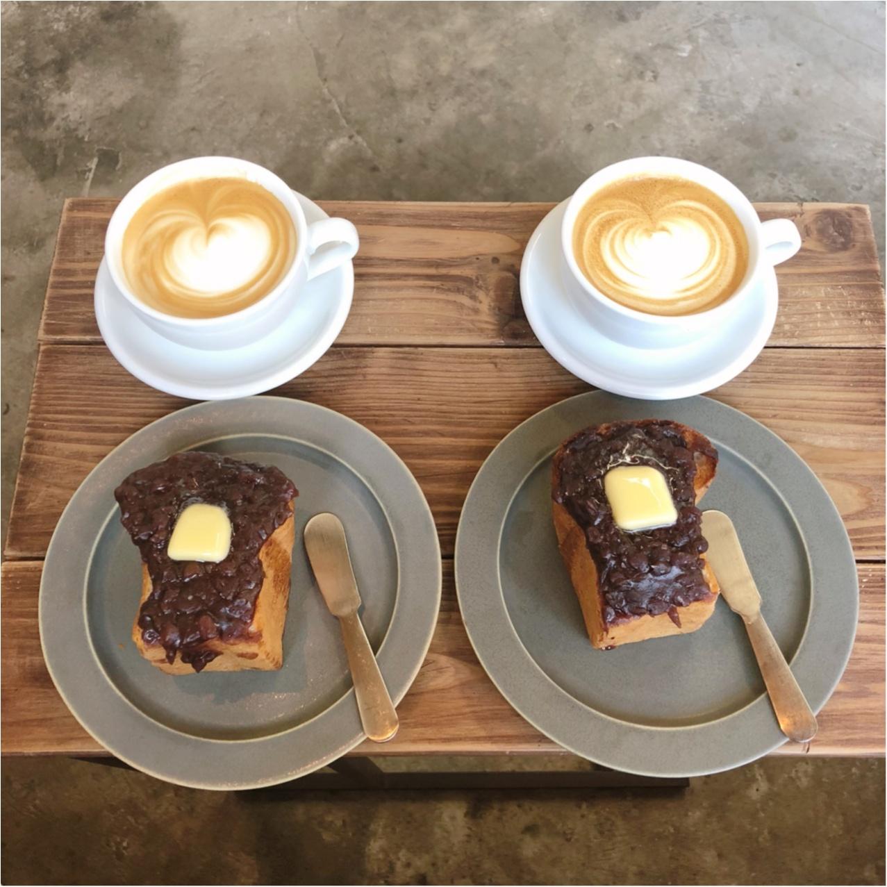 福岡で見つけたおしゃれカフェ♡  たっぷりのあんバタートーストとコーヒーが絶品なんです♡_4