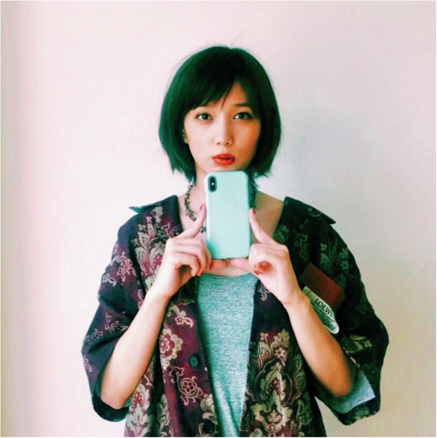 本田翼は、きれいなミントグリーンをチョイス♡【モデルのオフショット:スマホケース編】_1