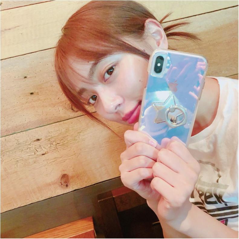 内田理央は、iPhone X用のケースをカスタム♡【モデルのオフショット:スマホケース編】_1