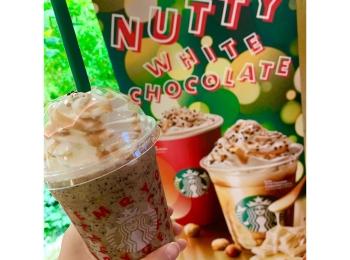 《ホリデー第2弾スタート❤️》店員さんおすすめカスタマイズ付☝︎【スタバ】新作ナッティ ホワイト チョコレート フラペチーノ☻