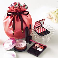 クリスマスコフレを33名様にプレゼント♡人気アイテムが厳選された限定コフレ&限定色!