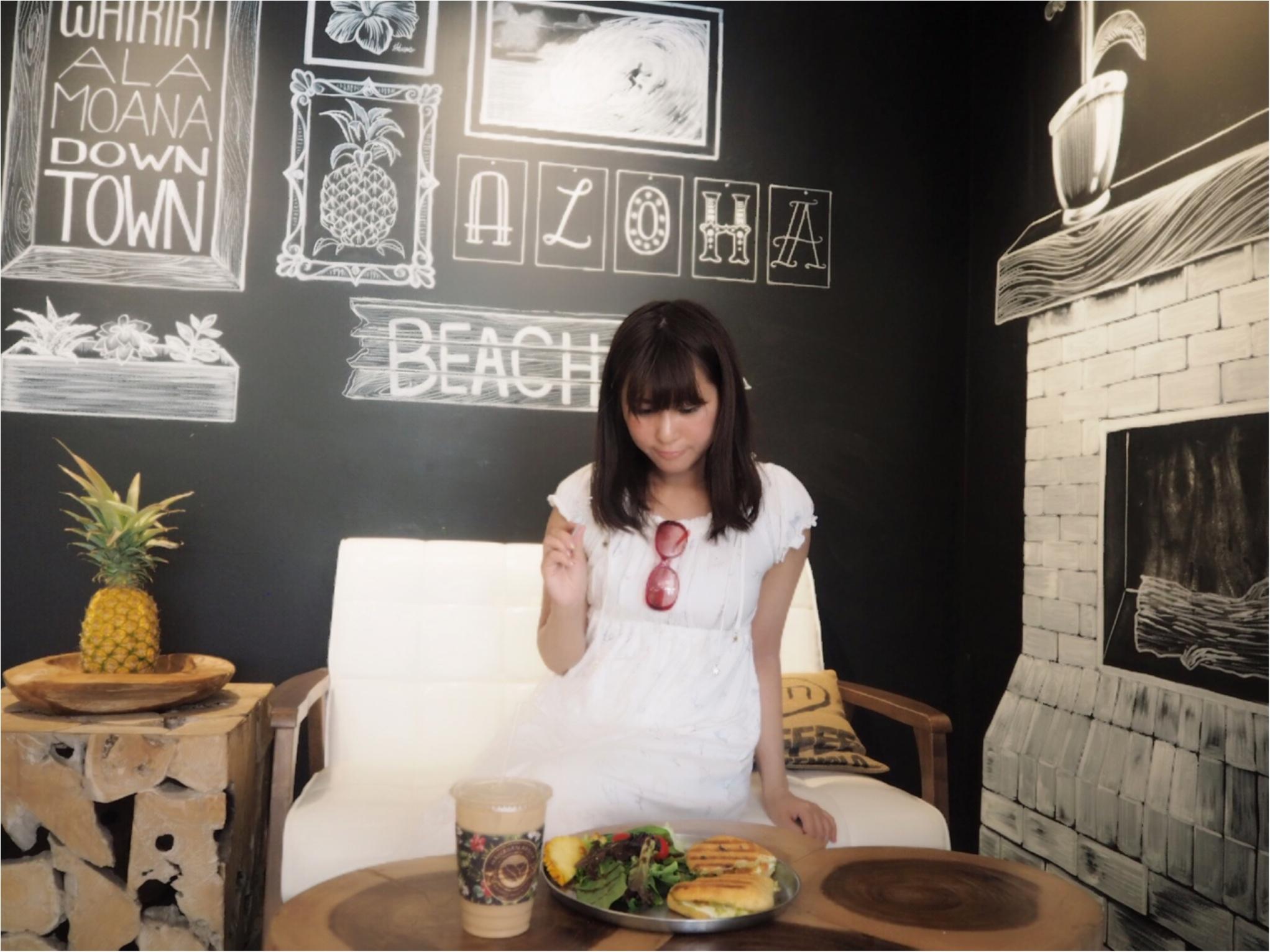 《今、ワイキキで一番オシャレでフォトジェニックなカフェ!》ハワイアン・アロマカフェでまったりブランチ♡♡(&旅行で役に立つプチ英語教室)_7