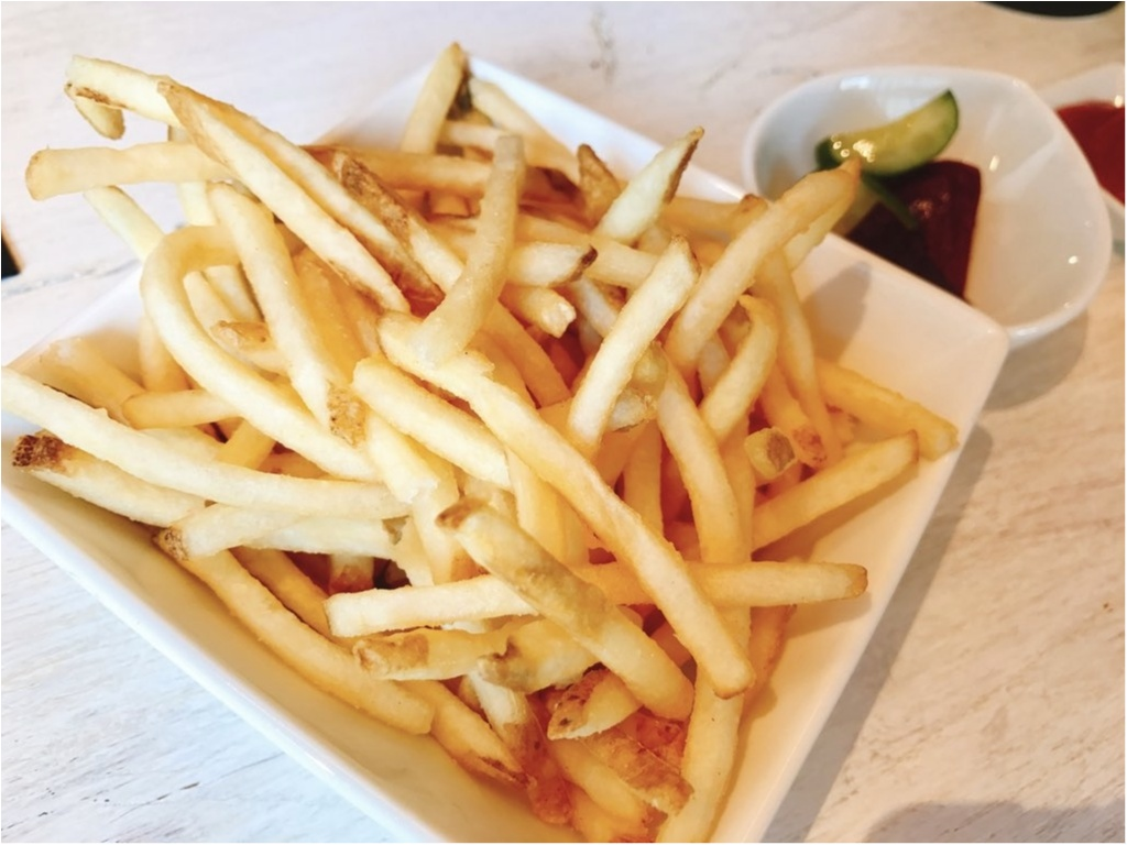 LA発・日本初上陸の人気ハンバーガーレストラン【UMAMI BURGER(ウマミバーガー)】で旨味がつまった絶品バーガーを堪能♡_5
