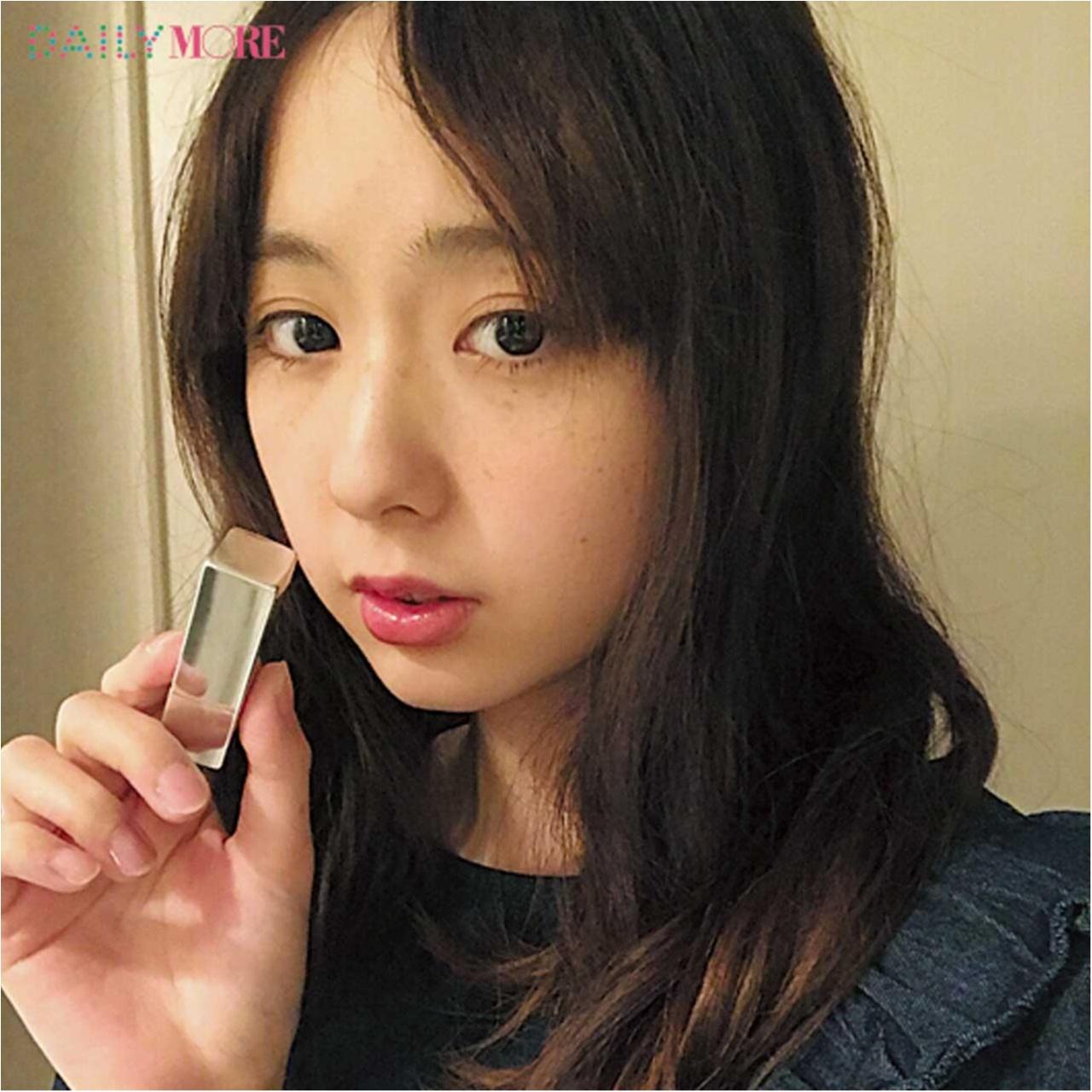 AMOちゃんは「RMK フェイスポ ップ リップス」で上品顔にシフト♡【教えて! モアビューティズの1UP美容♡】_2