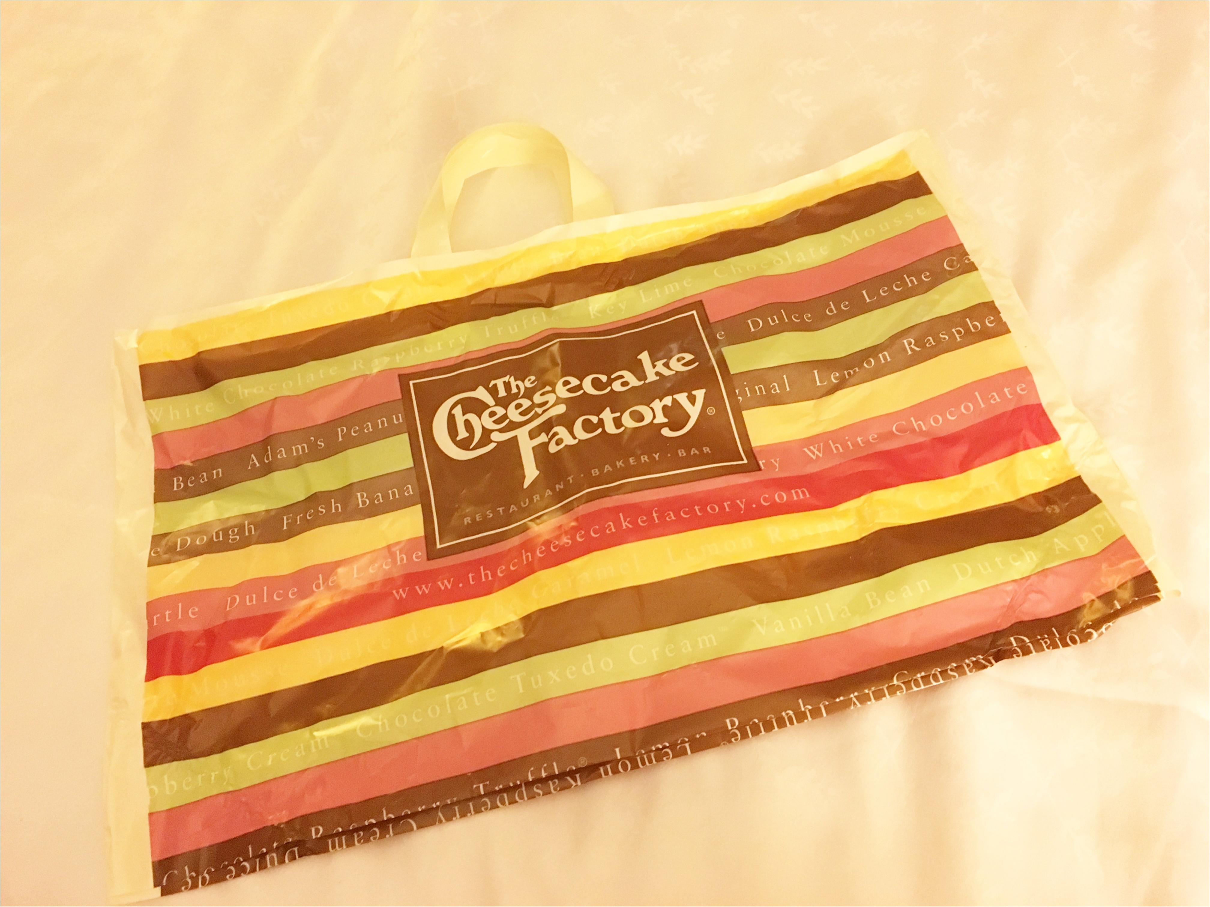 《行列のできるチーズケーキ専門店!》The Cheesecake Factory(チーズケーキファクトリー)で並ばずにおいしくいただく方法!!_3