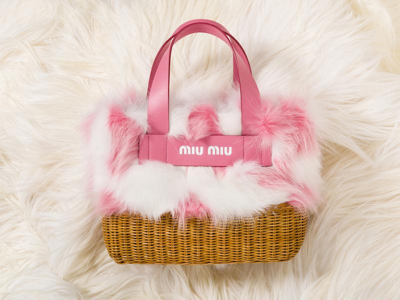 阪急うめだ本店にオープン!『ミュウミュウ』のファーバッグを揃えた期間限定ショップ☆_1_3