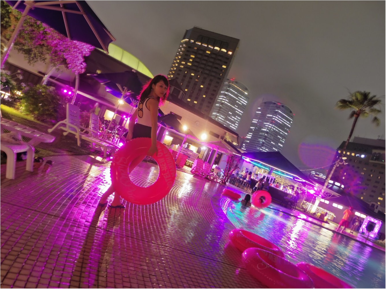 【都会で味わう非日常♡】ホテルニューオータニ幕張のナイトプールへGO!_3