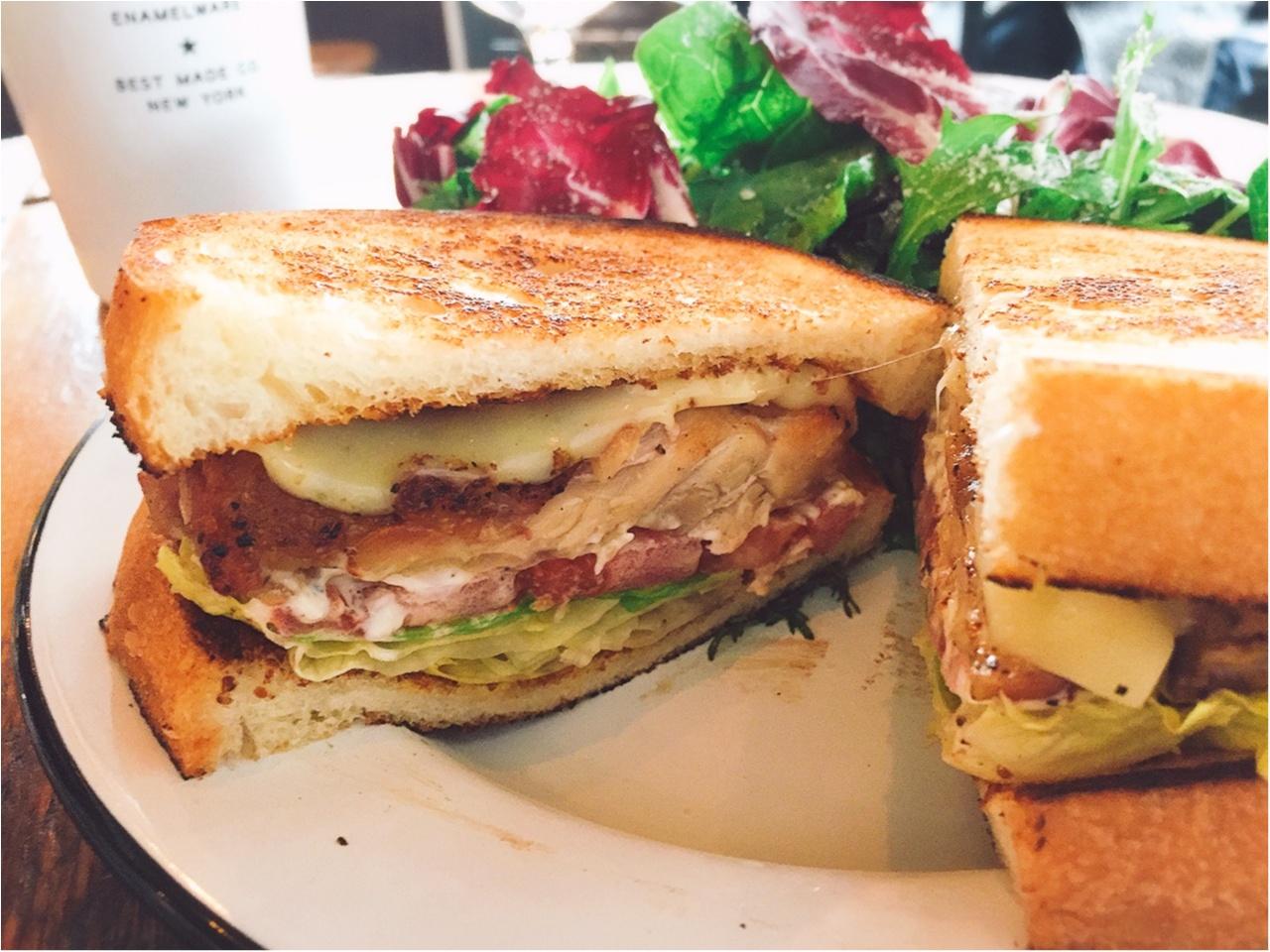 どこを撮ってもおしゃれ?白金のおしゃれカフェ『DAY&NIGHT』でサンドイッチを!!_3
