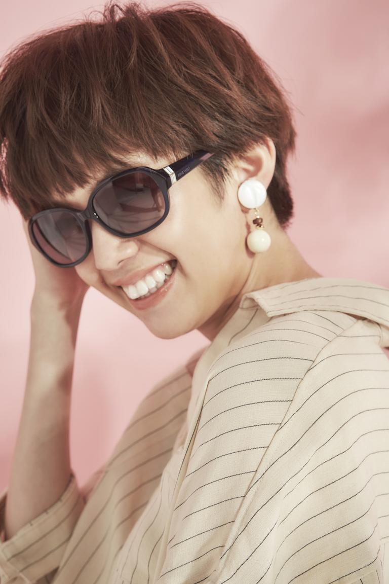 佐藤栞里イチオシのサングラスは『ナインウエスト』! トレンドの薄めカラーだから、夏コーデがキマる☆_3