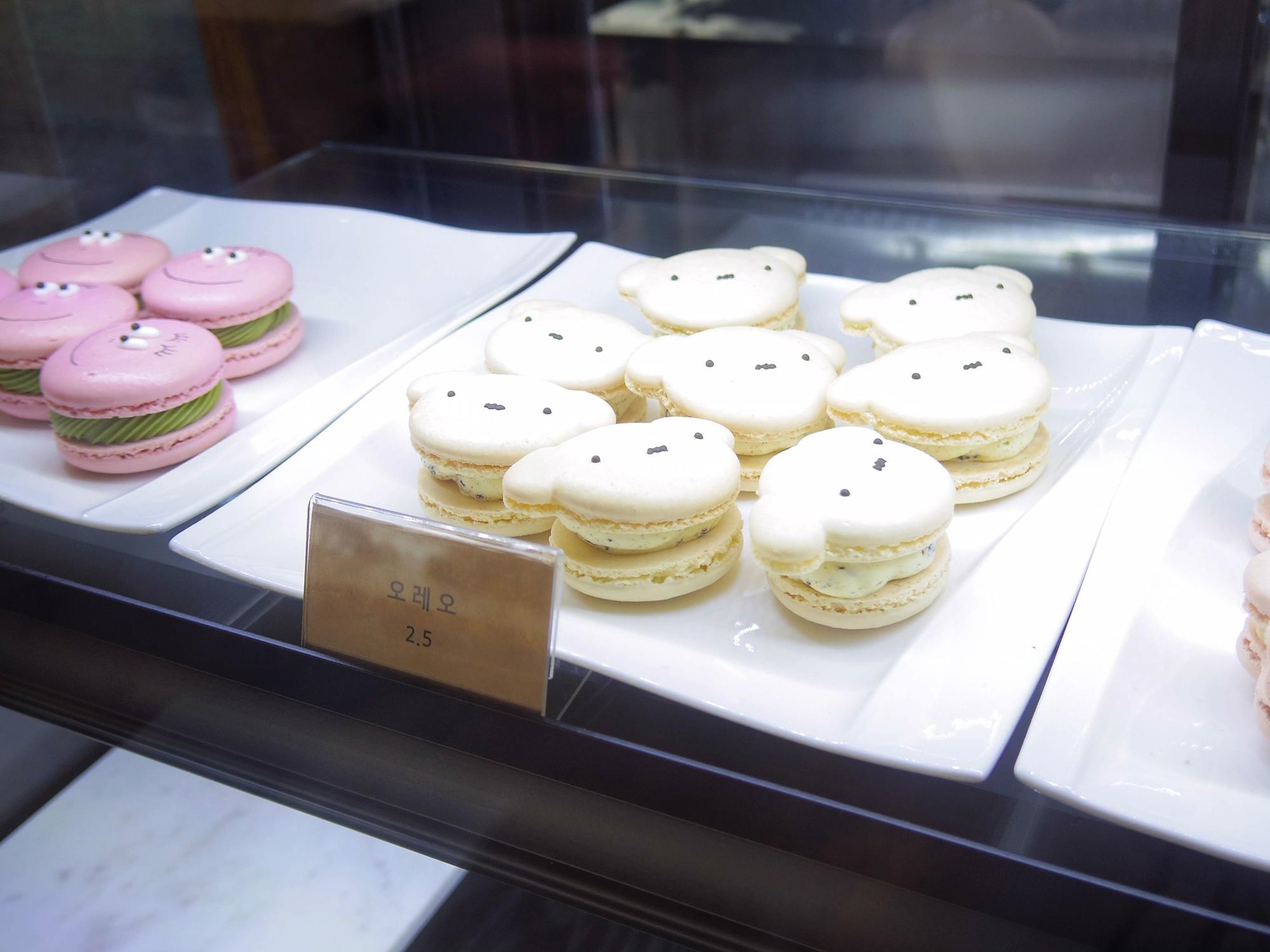 【韓国女子旅】スヌーピーのマカロンにメロメロ♡弘大(ホンデ)にあるおしゃれカフェ_3