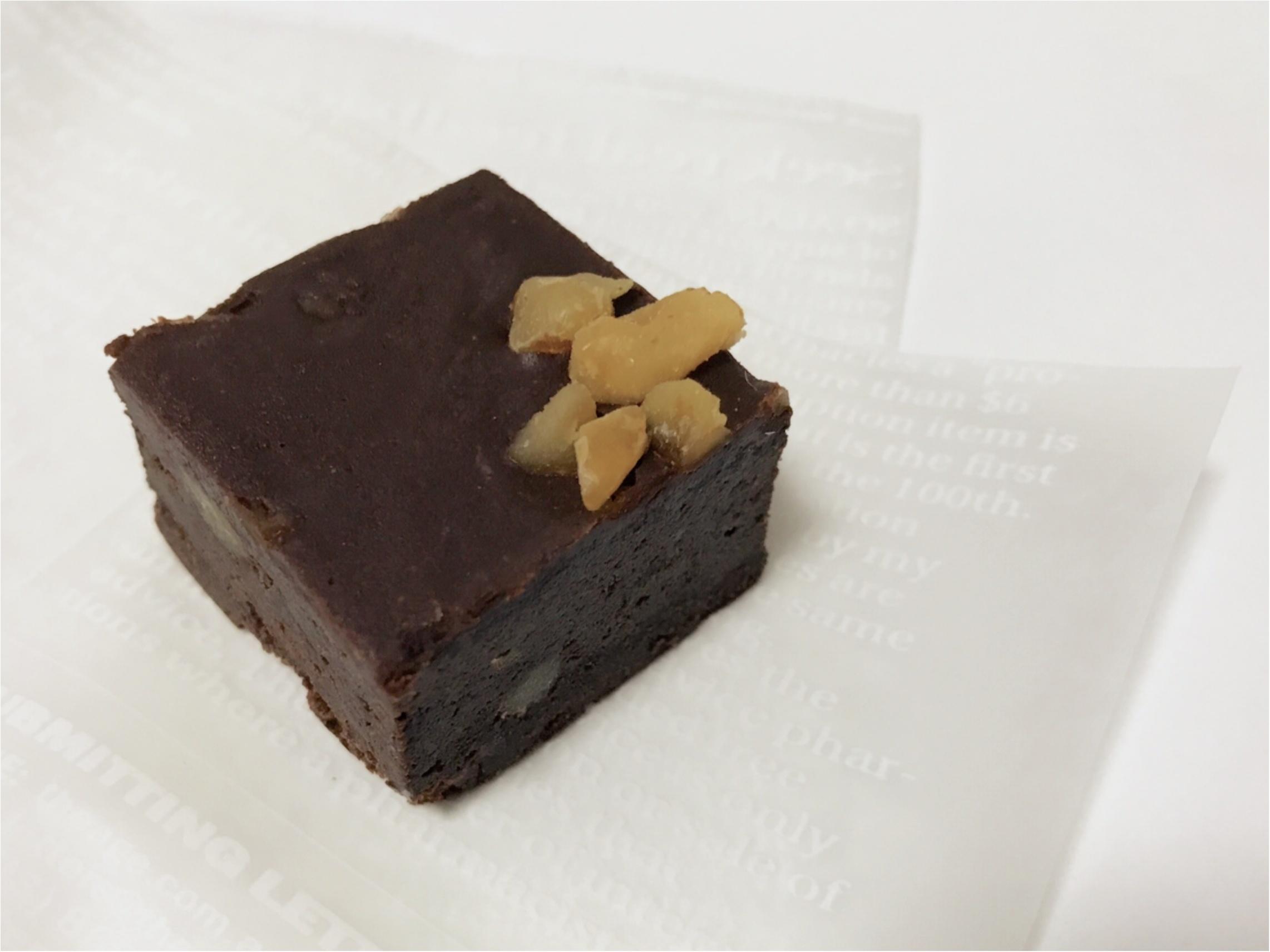 期間限定ショップへ急げ~!Top'sの大人気チョコレートケーキが焼き菓子になって登場!_1
