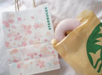 《レジ横foodに注目❤️》フードも春メニューに!【スタバ】さくらドーナツが美味しい!☻