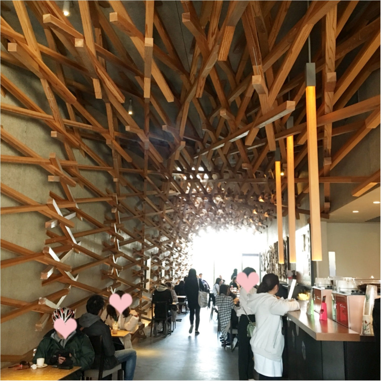【 日本の珍しいスタバに行きたい♪ 】 芸術的な木のデザインが美しい♡ 大宰府天満宮のスターバックス♡♡_4
