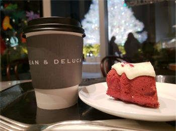 【DEAN&DELUCA】真っ赤なかわいいホリデーケーキ♡