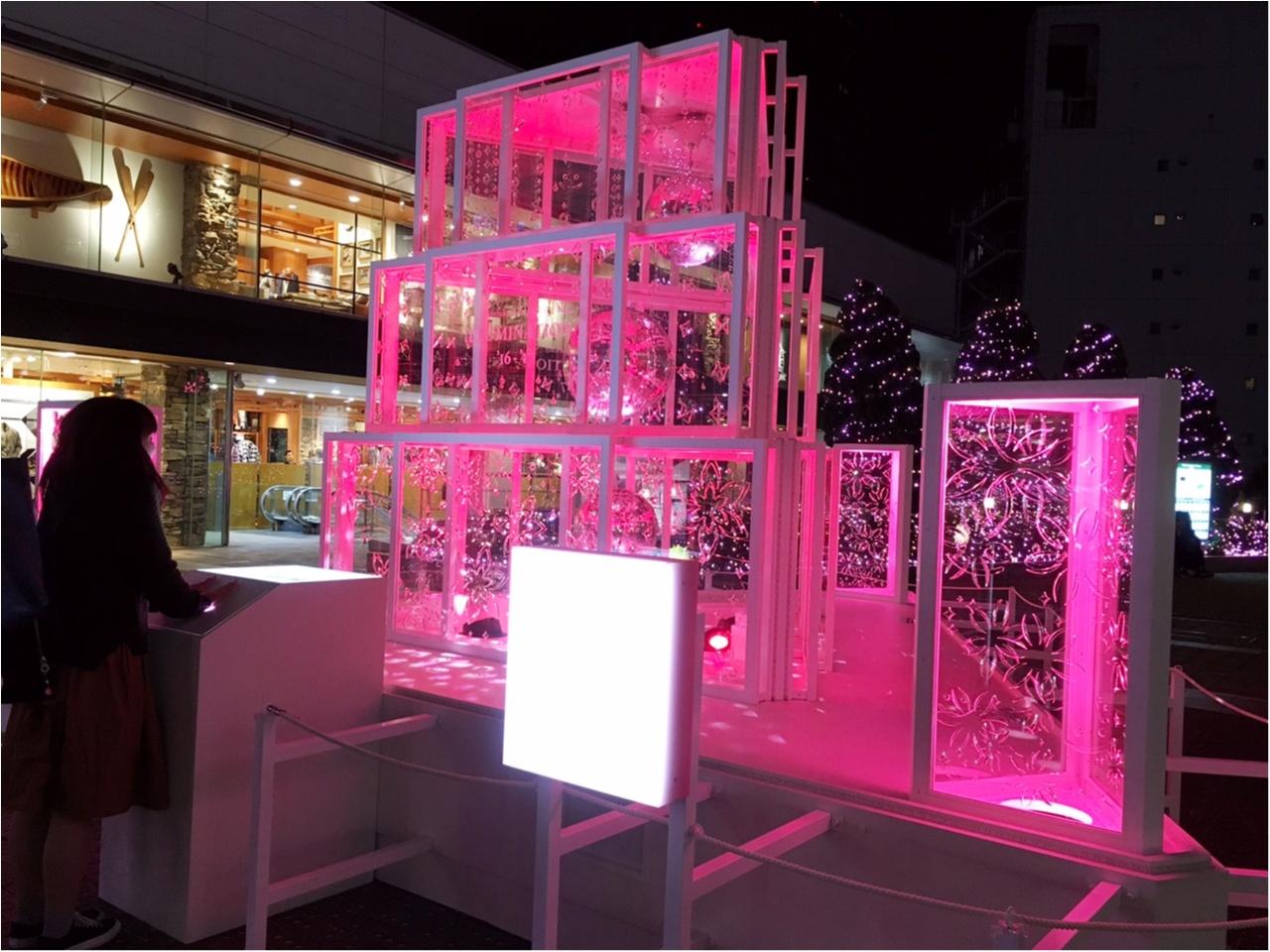 新宿の冬をベビーピンク色に染め上げる♡『新宿テラスシティ』のイルミネーションが女子力高め!体験型の『スマイルタワー』って?♡_12
