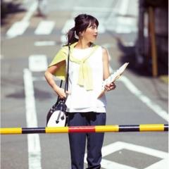 【今日のコーデ】できるオンナのストライプパンツで、真夏日のクールビズスタイルが完成!