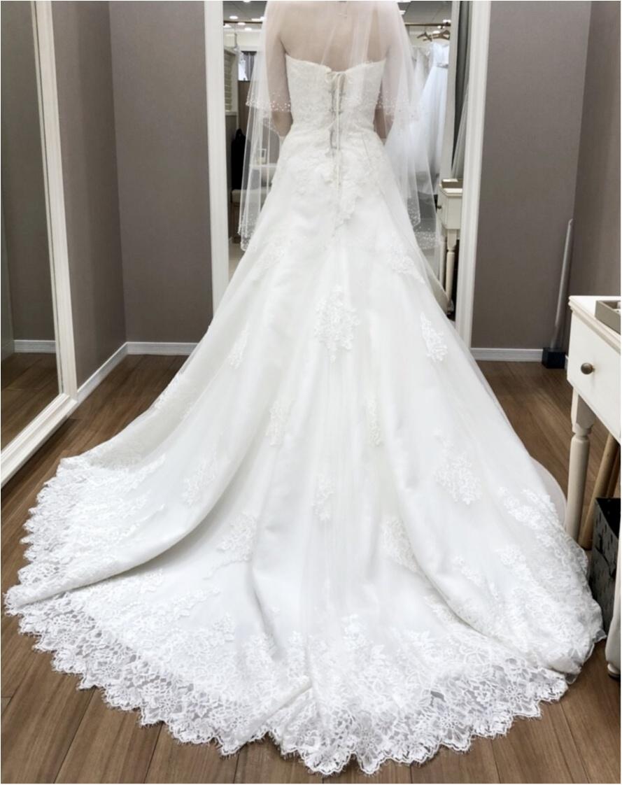 卒花さんに聞く【ドレス特集】-  結婚式・二次会におすすめ! プレ花嫁さんに人気のおしゃれなウェディングドレスは?_45