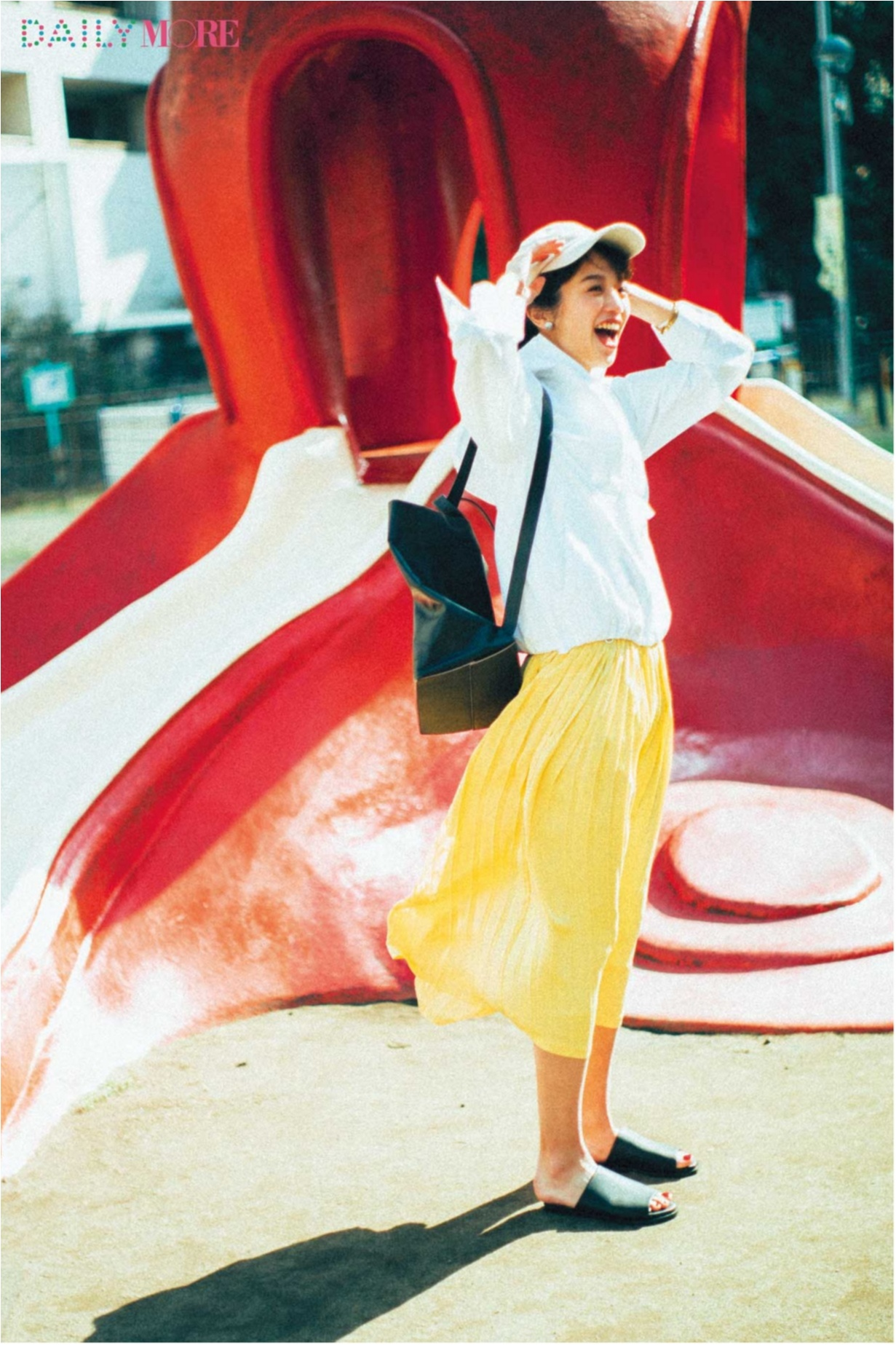 暑い日こそ元気にね♪ 気分が上がる「夏のきれい色」コーデまとめ♡_1_7