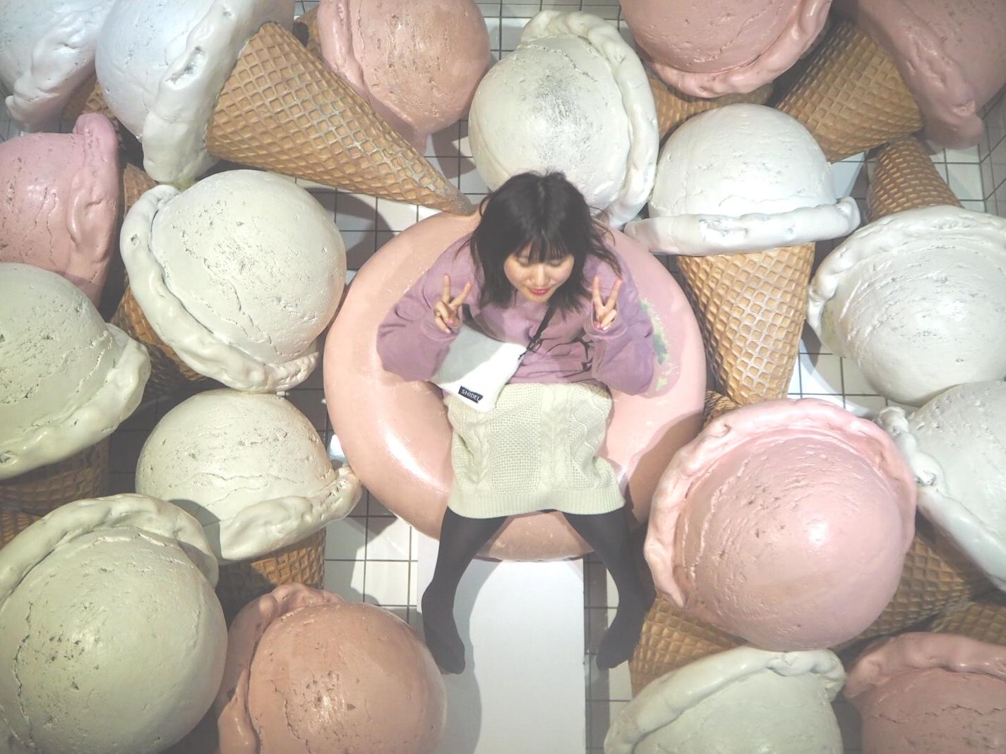 《台湾女子旅》新幹線で台中へ!アイスクリームに溺れるカフェ『I'm talato』_3