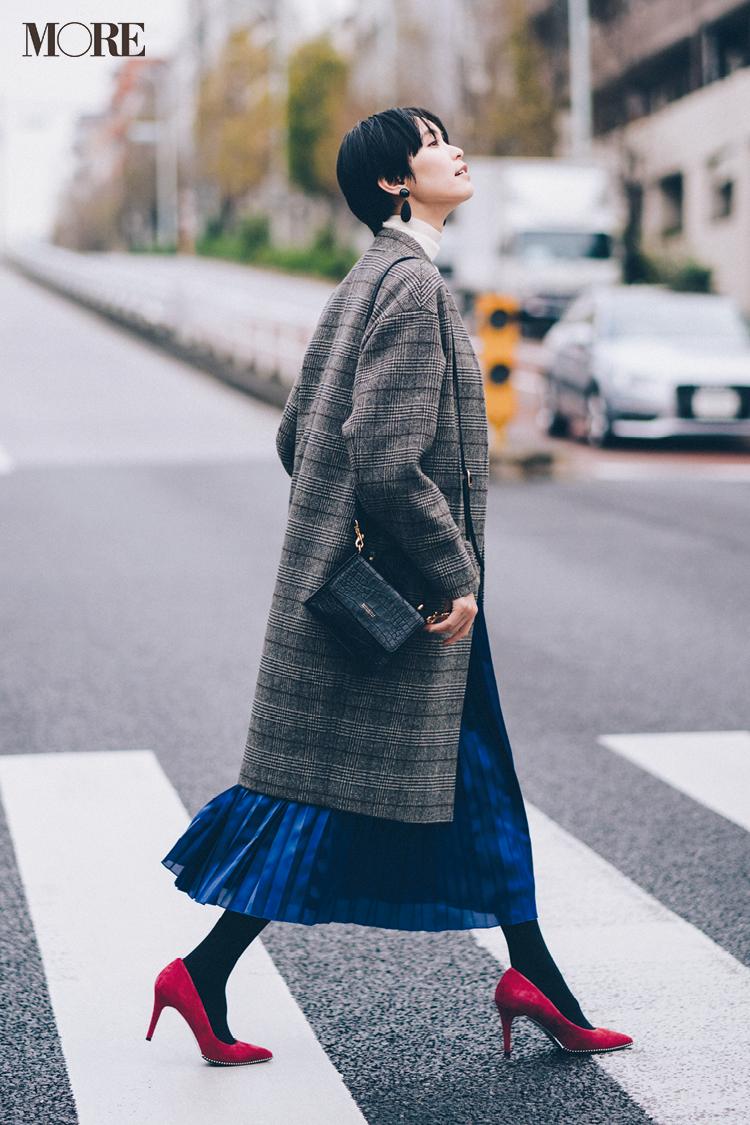 【今日のコーデ】寒さに負けずおしゃれしたい日は青いスカートとピンクの靴でテンションUP! <比留川游>_1