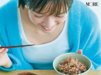 モアモデル佐藤栞里の健やか美の秘密は「寝かせ玄米®」に「みそ玉」。体の中からキレイになる食生活でニキビにも打ち勝った!