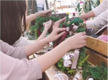 【DIY女子会❤︎】東急ハンズのワークショップでクリスマスリースの手作り体験!