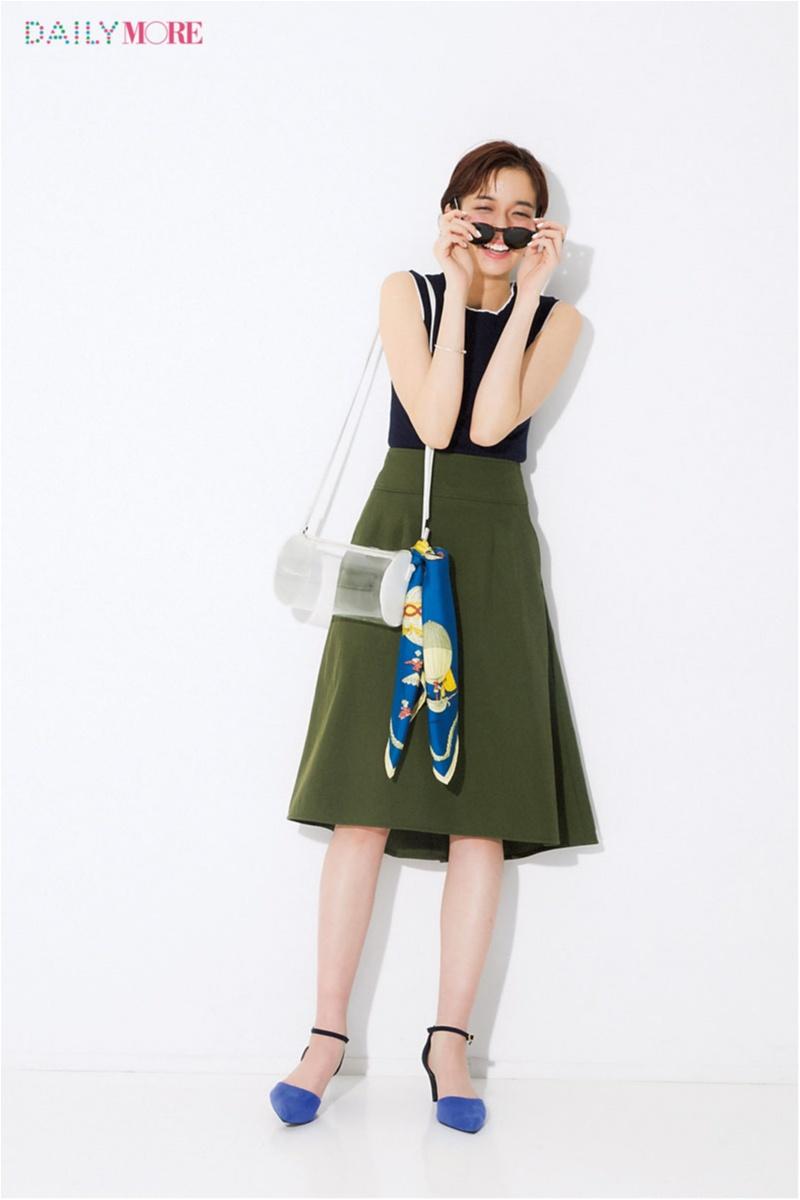 【今日のコーデ】そろそろサングラスの出番。メーガン・マークルみたいなレディ気分は美フォルムスカートとスカーフで演出♡_1