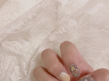 【週末ネイル】今年のトレンドカラーを使った可愛いネイルを紹介❤︎