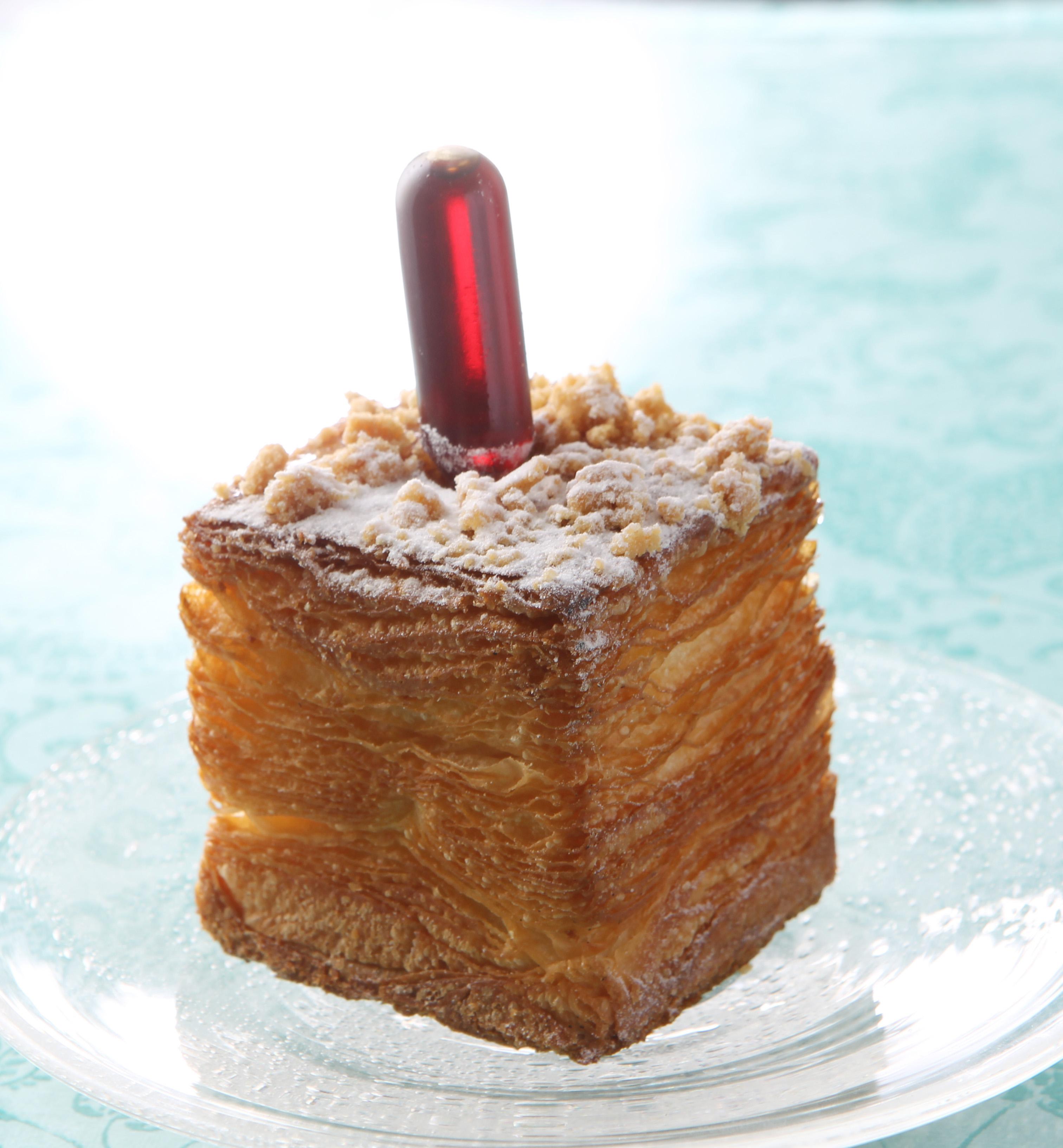 これがクリームパン!? 『ジョエル・ロブション』の新感覚ひんやりパンが気になる!_1
