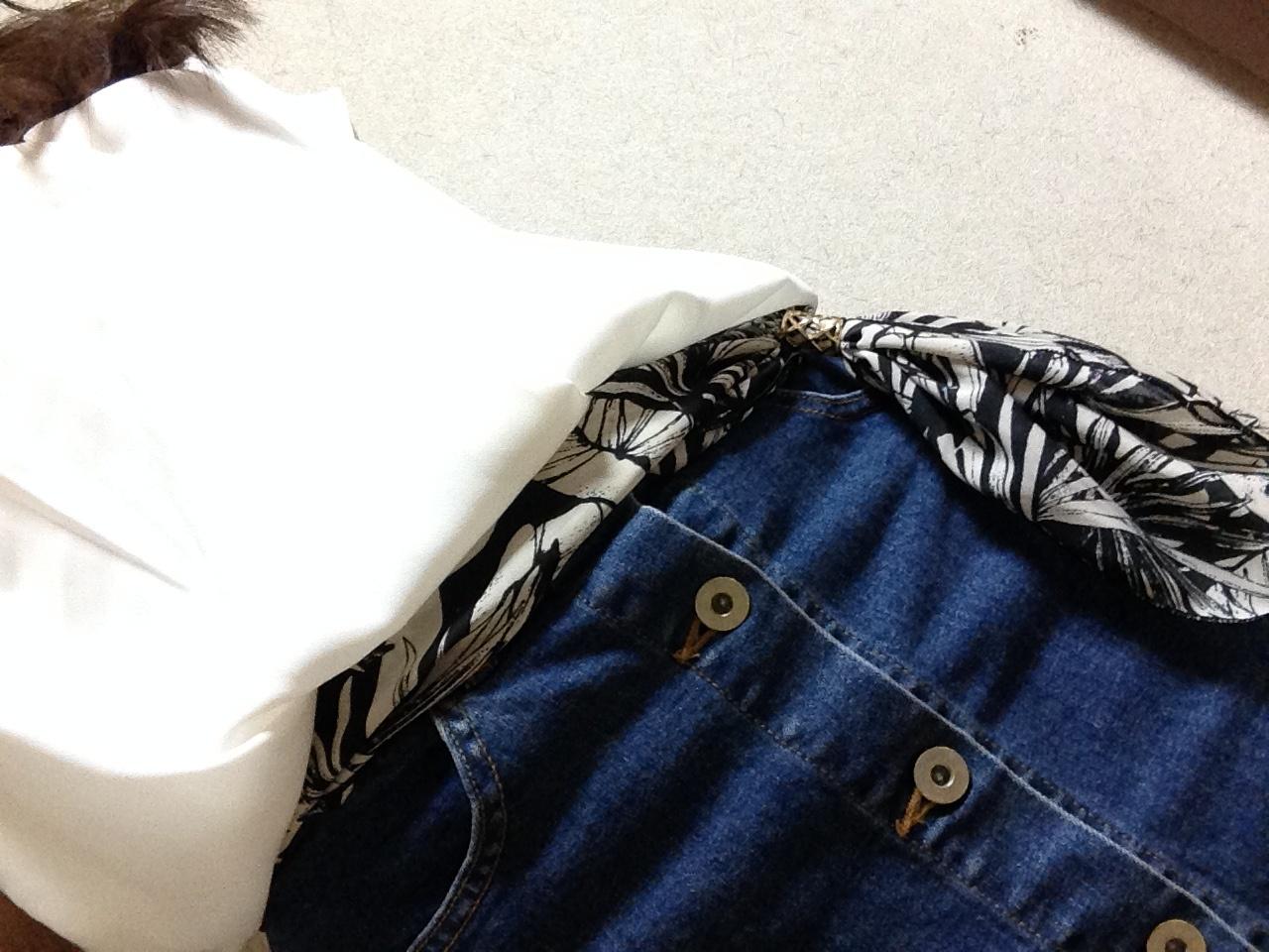 MORE8月号掲載‼️着回し力抜群✨Flower Daysのフロントボタンデニムスカート♡_3