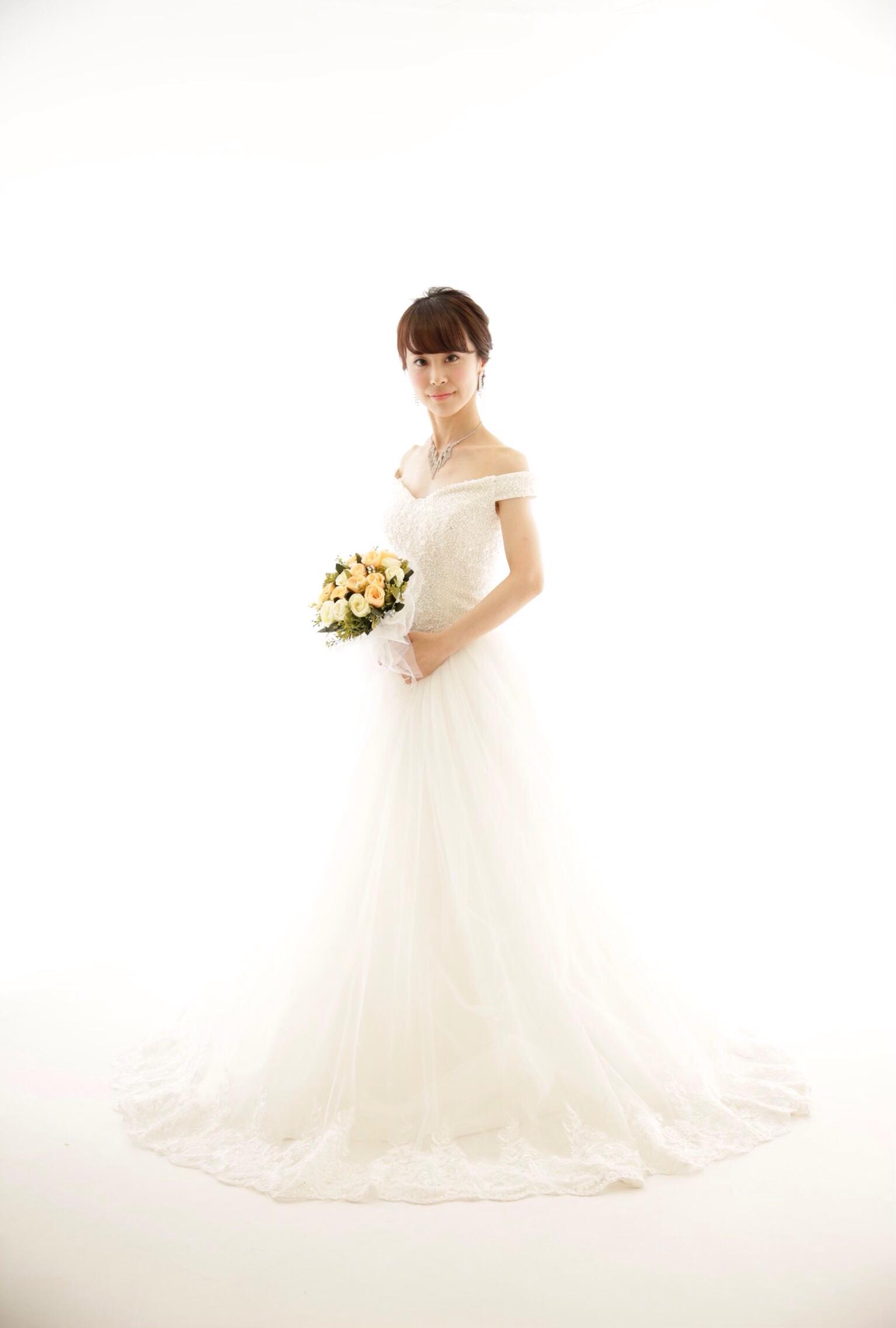 一生に一度のウェディングドレス♡前撮りや結婚式をされる方にオススメのドレス♡_2