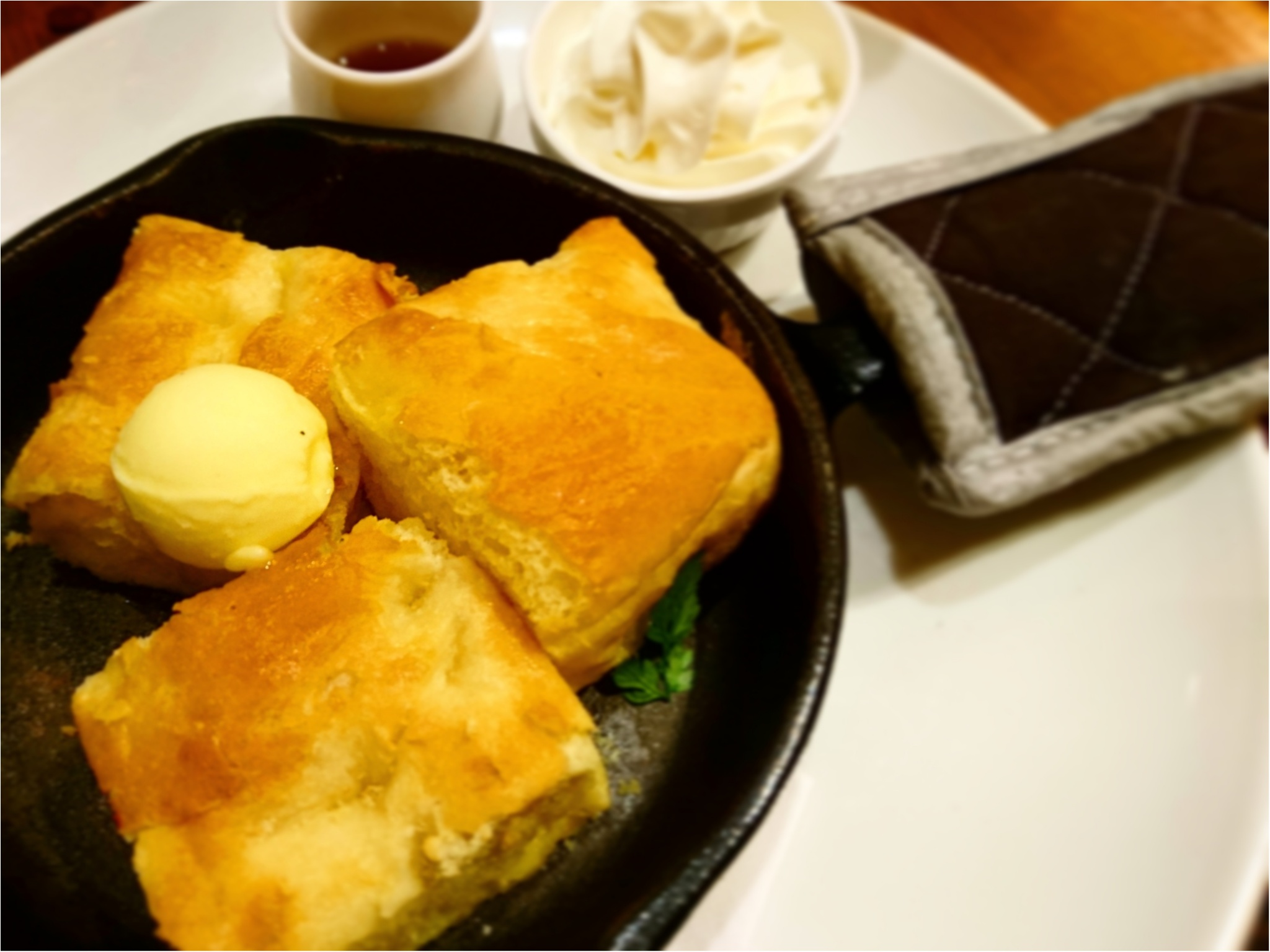 """【グルメ】外はサクサク、中はふわもちの新感覚グルメ """" フレンチトースト """" 専門店『 Hug French Toast Baking Factory 』 _1"""