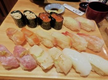 【築地玉寿司の食べ放題】時間無制限で高級寿司を楽しむ