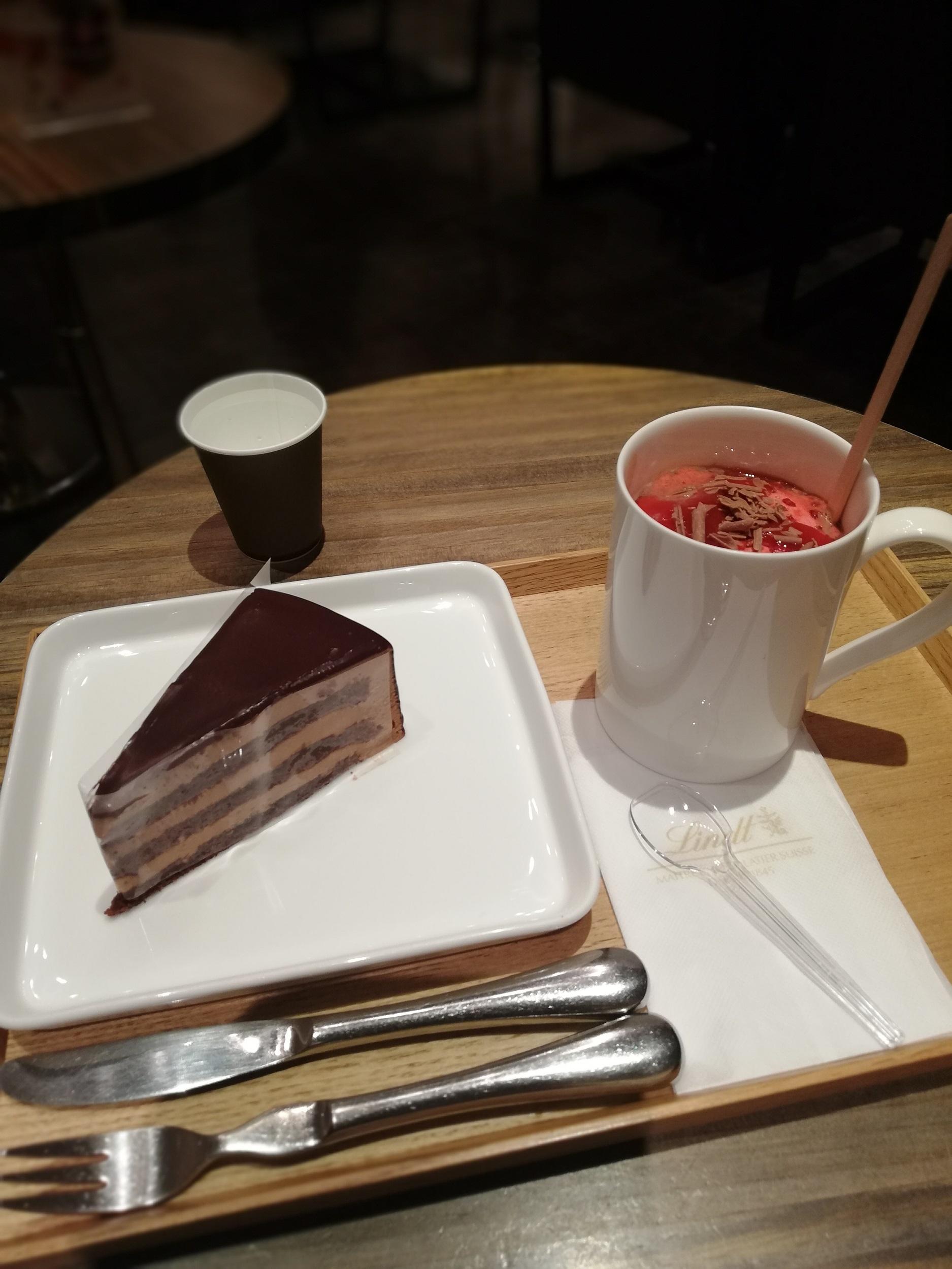 【リンツショコラカフェ】期間限定のホットチョコレートドリンク_4