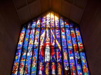 【ハワイ挙式】幻想的なステンドグラスが魅力的!セントアンドリュース大聖堂にて結婚式を挙げました♡♡
