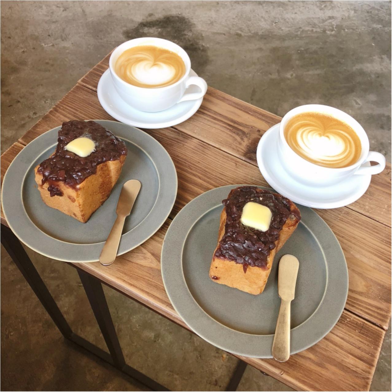 福岡で見つけたおしゃれカフェ♡  たっぷりのあんバタートーストとコーヒーが絶品なんです♡_6