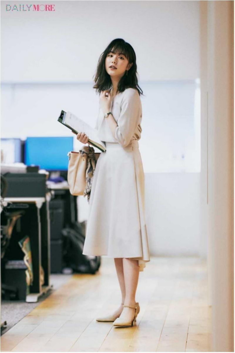 低めヒール靴のオフィスカジュアルコーデ 2018年版 Photo Gallery_1_5
