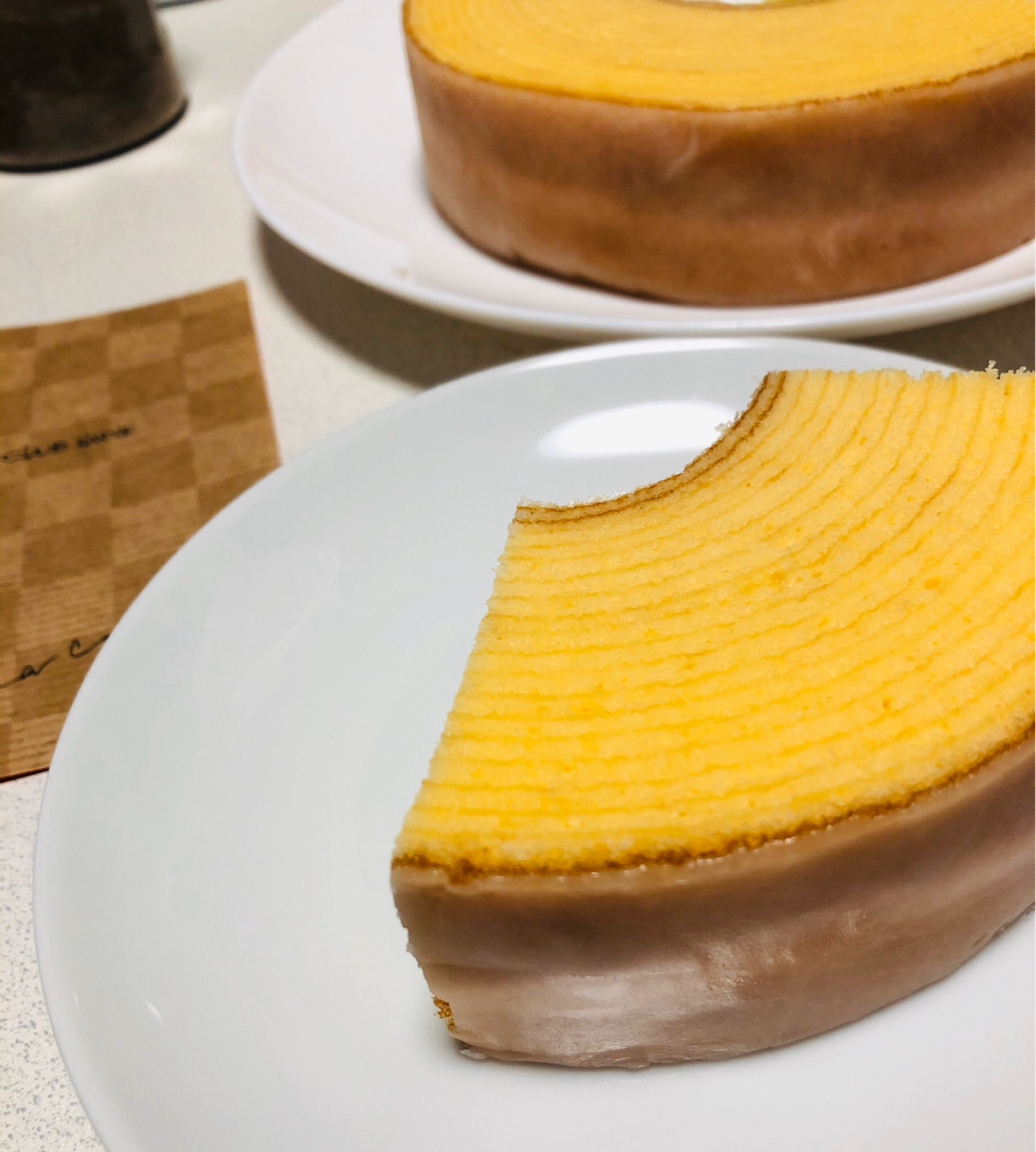 【クラブハリエ】#滋賀県 ふんわり生どら焼きが美味!可愛いバームクーヘン型ポーチの中にはパイが(*´꒳`*)_8