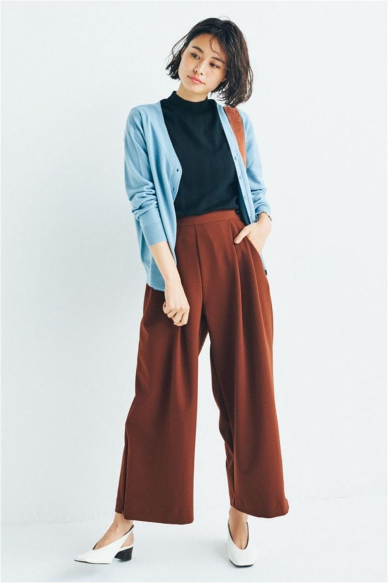 カーディガン,きれい色,パンツ,オフィスカジュアル