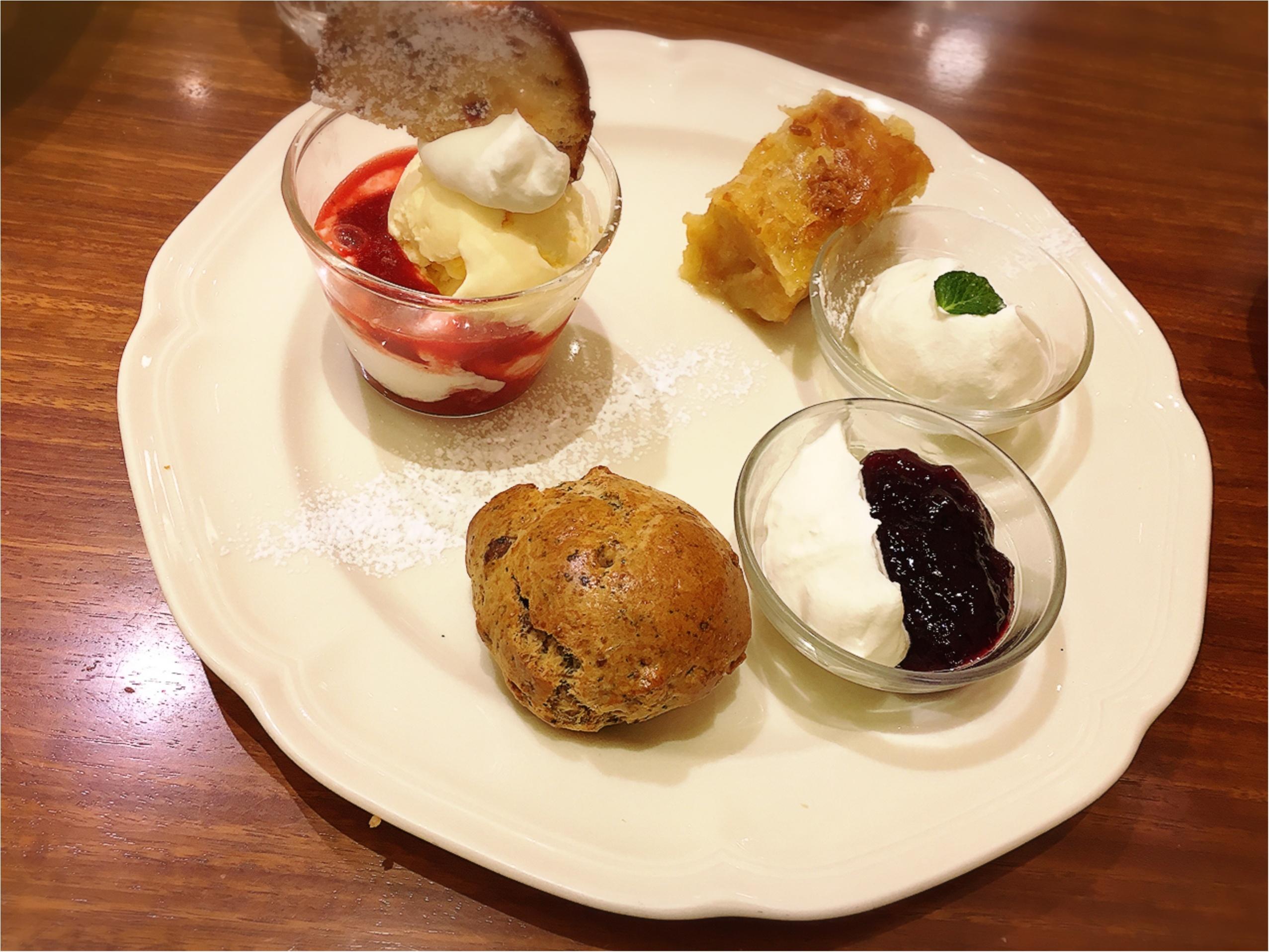 Afternoon Tea tearoom(アフタヌーンティーティールーム)のアフタヌーンティーセットがすき。_3