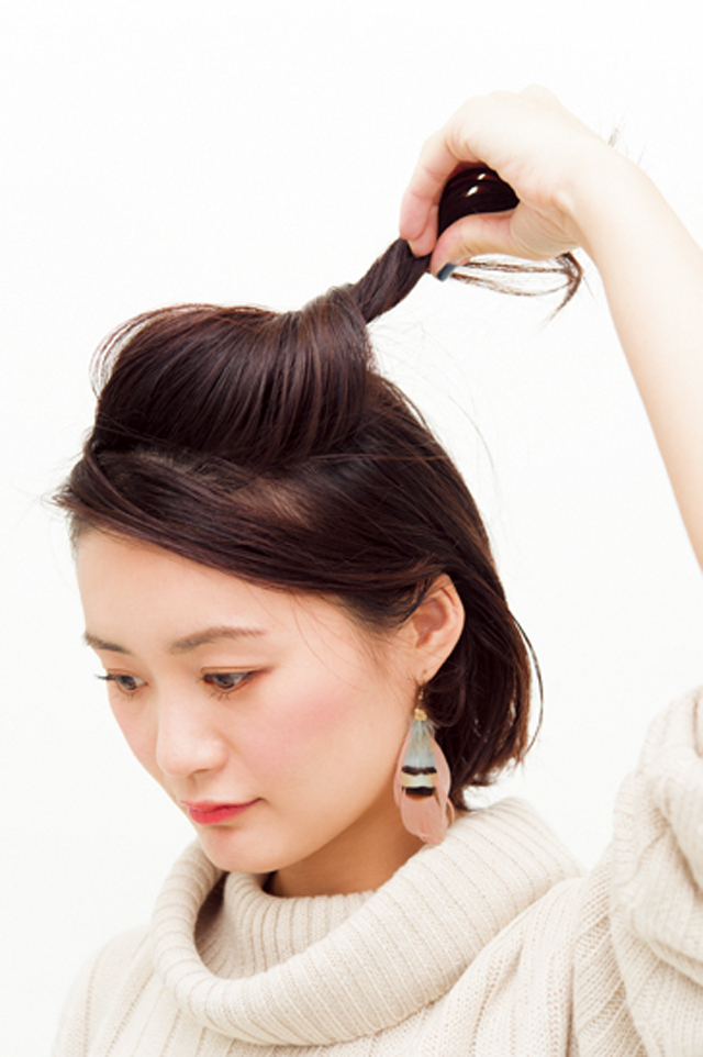 【美容師華アレンジ】黒髪に合うモード感♪ アシメねじりアレンジ_2